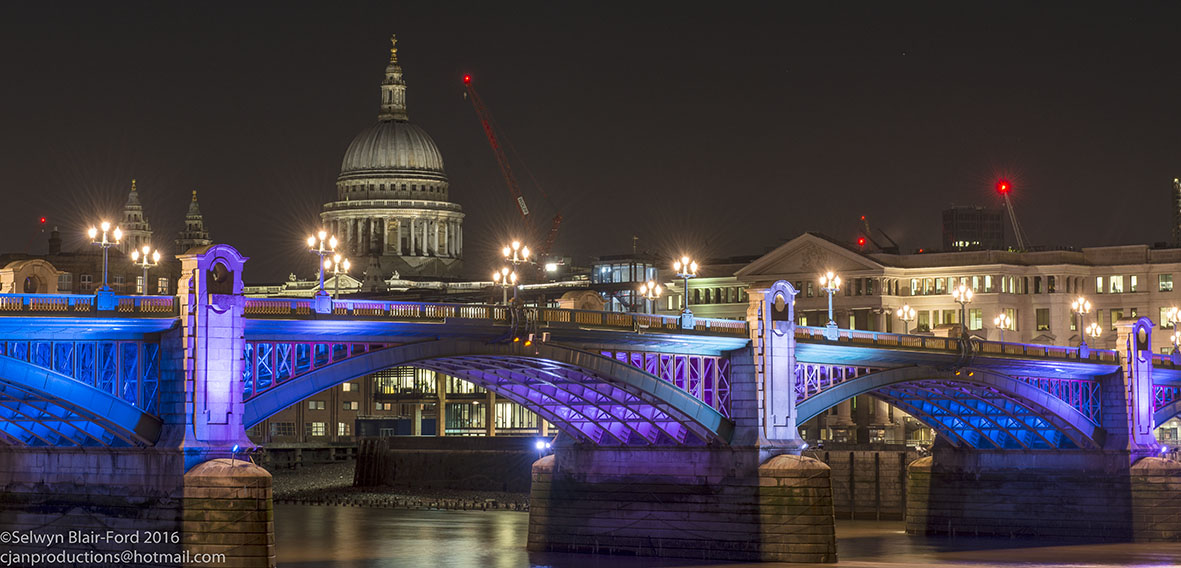 Southwark bridge and St Pauls